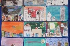 26.02.2021 Uczniowie klasy I SP na lekcji plastyki zamienili się w architektów i zaprojektowali miasto. Koordynatorzy p. Tokarczyk i p. Lebida